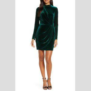 BLACK HALO Briar Mini Velvet Sheath Dress NWT 10
